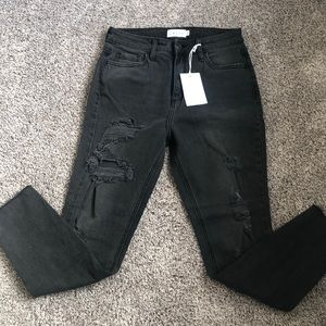 CELLO Mom Back Distressed Skinny Jean NWT